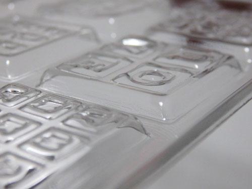 チョコレート タブレット 型